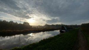 Canal boats at Dane in Shaw viaduct shortly after dawn